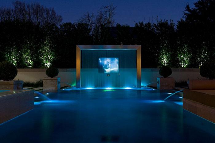 Декоративная-подсветка-бассейна